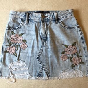 Hollister jean skirt